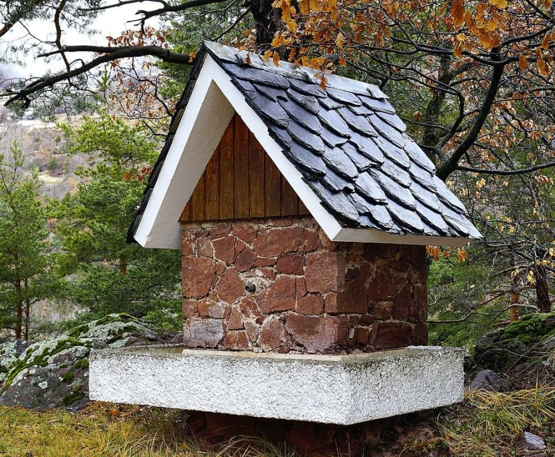 Two-slope roof